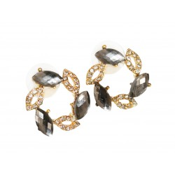 Stud earrings. Color: grey...