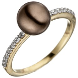 Ladies finger ring made of...